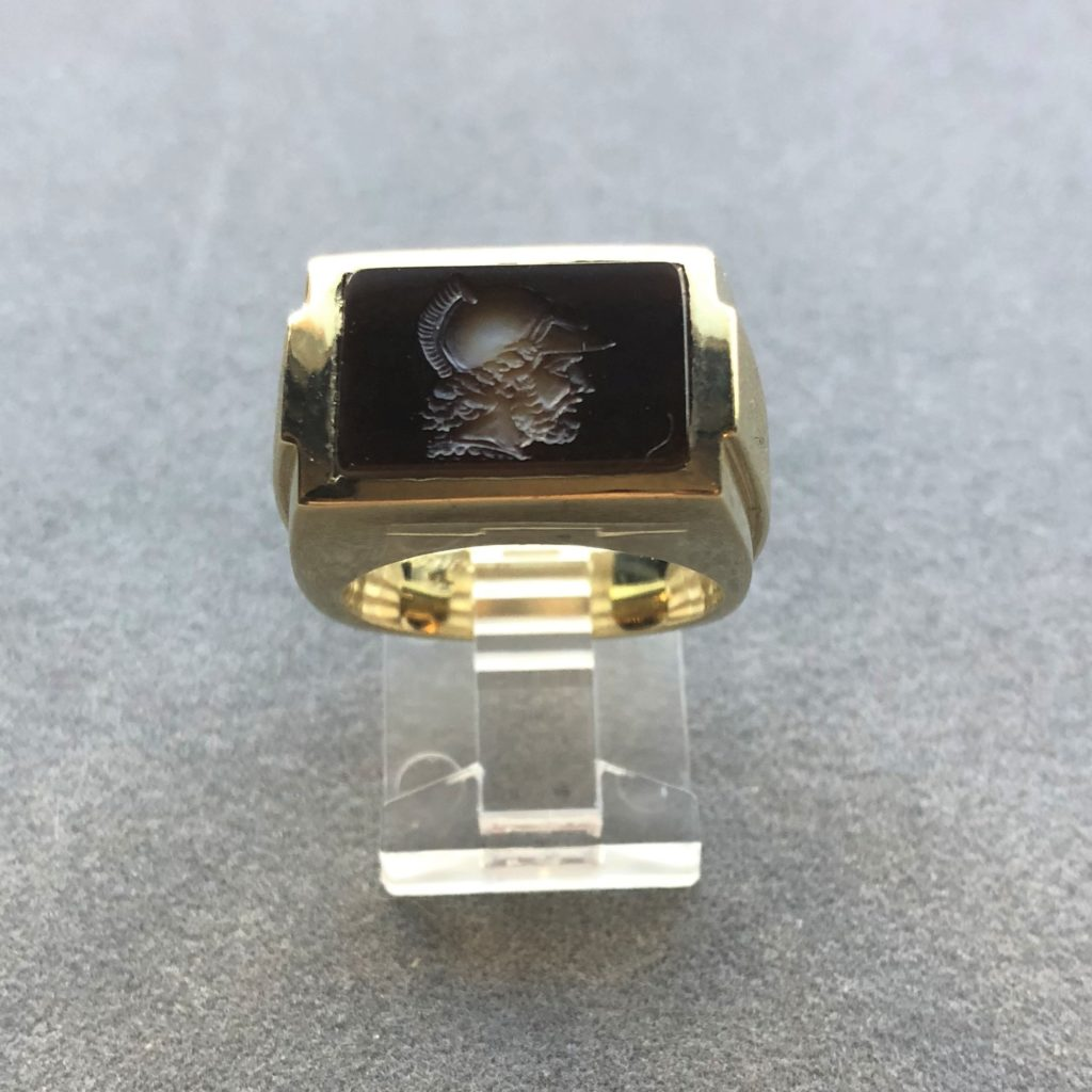 Men's Gold Agate Ring